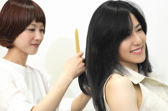 円形脱毛症の回復は、まず産毛から