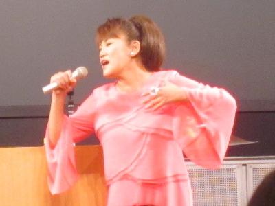 山田邦子さん 乳がんステージ4
